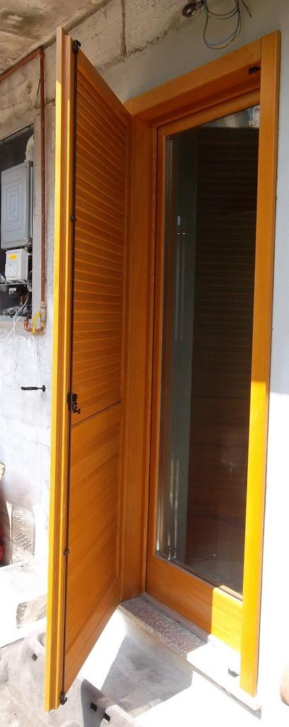 Ra ma le porte e finestre di casa tua - Finestre monoblocco in legno ...